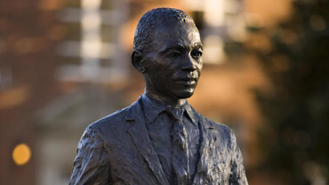 james-meredith-statue