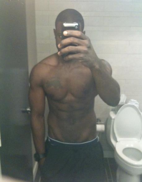 lance gross - topless selfie
