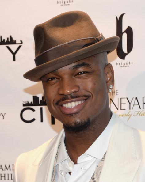 Ne-Yo attends the Fame and Philanthropy Post-Oscar Party at The Vineyard on March 2, 2014 in Beverly Hills, California