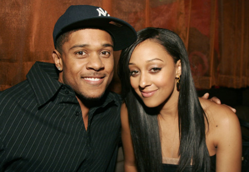 pooch-hall-and-tia-mowry-hardrict