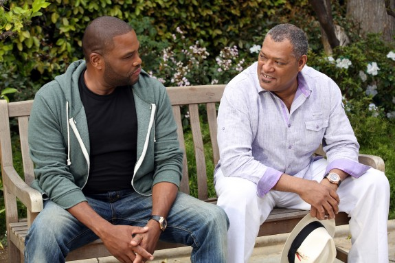 "Anthony Anderson (L) and Laurence Fishburne in ABC's ""Black-ish"""