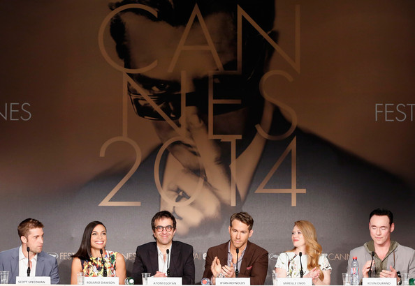 (L-R) Actor Scott Speedman, actress Rosario Dawson, director Atom Egoyan, actor Ryan Reynolds, actress Mireille Enos and Kevin Durand attend the 'Captives' press conference during the 67th Annual Cannes Film Festival on May 16, 2014 in Cannes, France