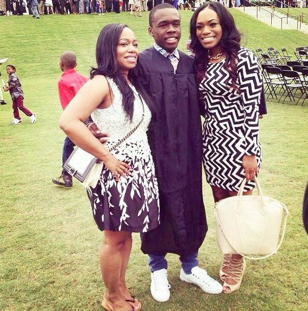 marquise jackson with sis and mom