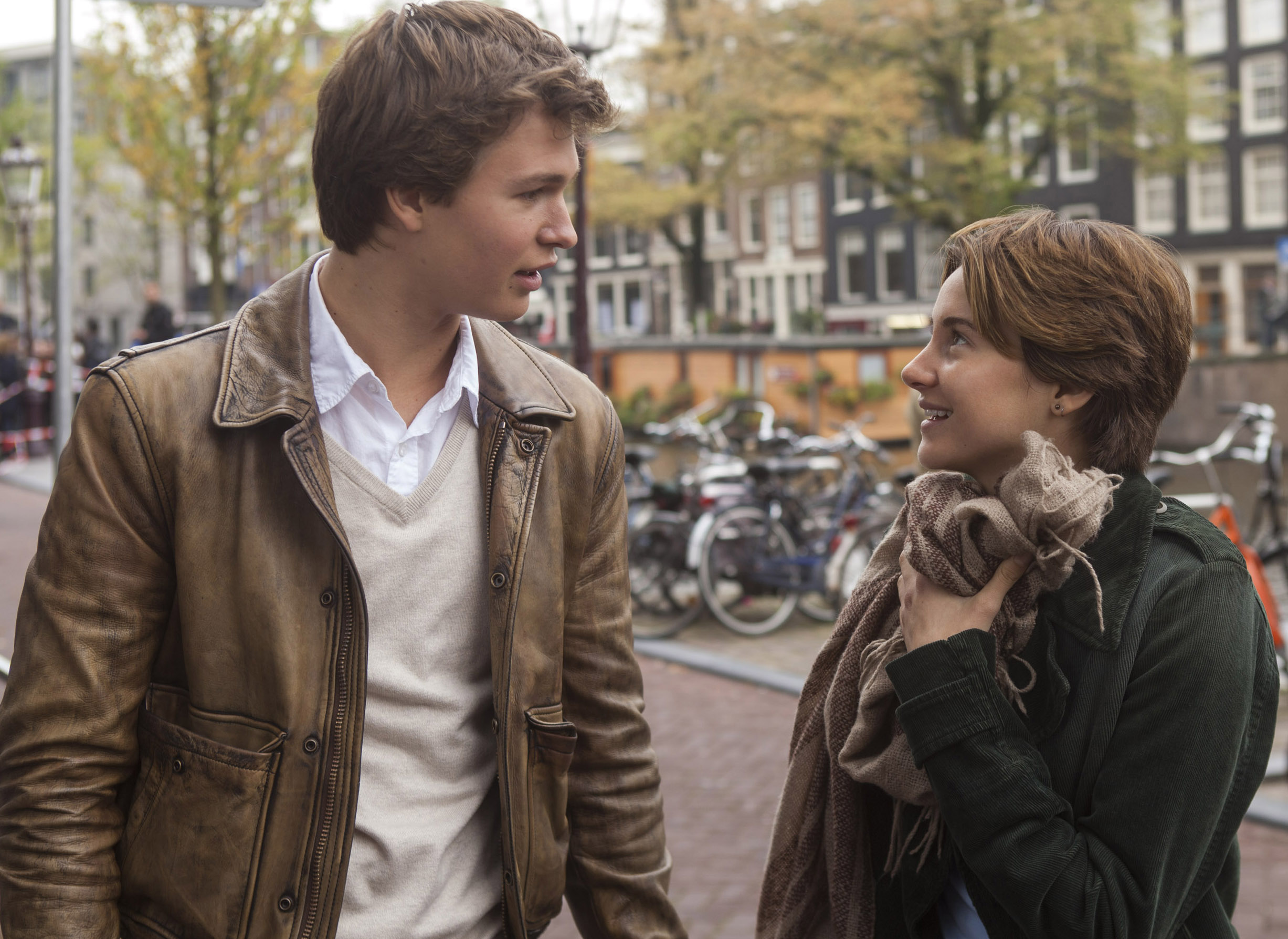 Ansel Elgort and Shailene Woodley in TFIOS