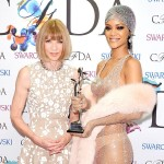 Anna Wintour Presents Rihanna with CFDA Honor; Vogue Shares the Pair's Texts (Watch)