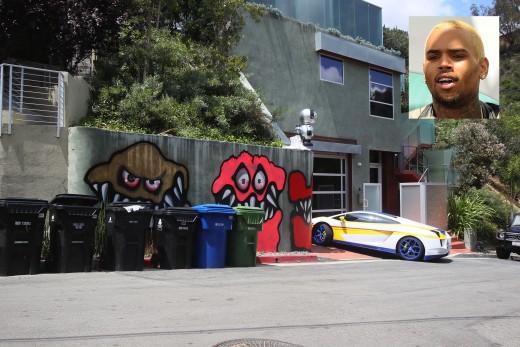 Chris Brown Sells his 2 LA Homes, Including the Graffiti Eyesore