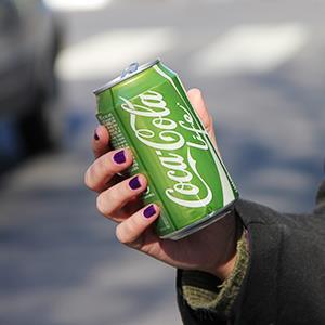 coke life - green can