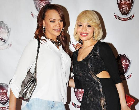 Faith Evans Kicks It with Look-A-like Antonique Smith ...