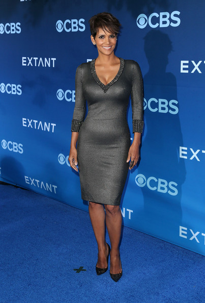 Actress Halle Berry attends the Premiere of CBS Films' 'Extant' at the California Science Center on June 16, 2014 in Los Angeles, California