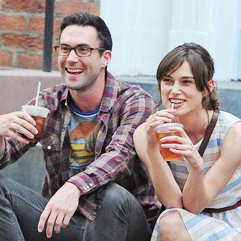"""Adam Levine and Kiera Knightly in """"Begin Again"""""""