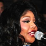 Lil' Kim Gives Birth to First Child