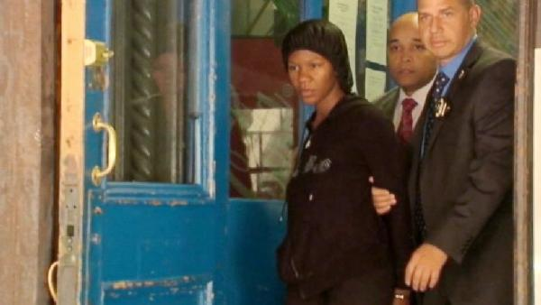 Frankea Dabbs apprehended early Tuesday morning and charged with child abandonment