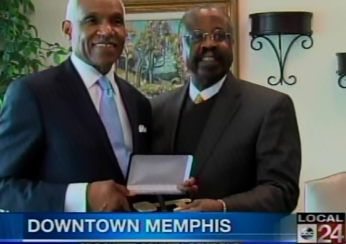 Logan H. Westbrooks and Memphis Mayor A. C. Wharton as Westbrooks receives the Key to the City of Memphis.