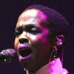 Lauryn Hill Late to Another Show, Then Snaps at Fan