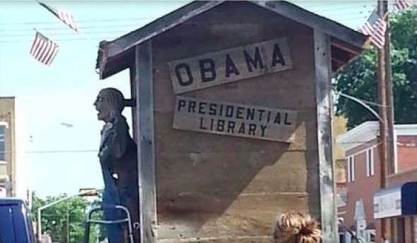 obama racist float