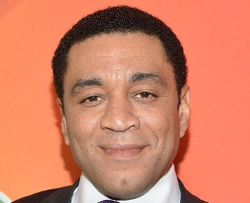 harry lennix close