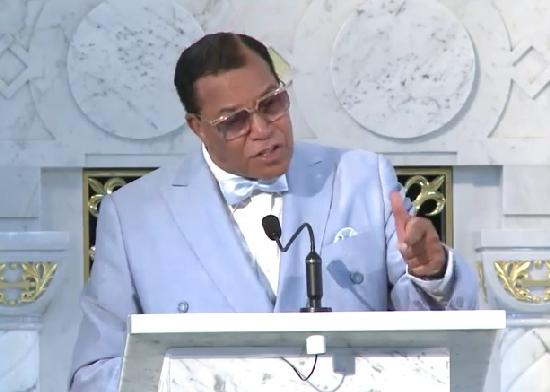 louis mfarrakhan - pointing