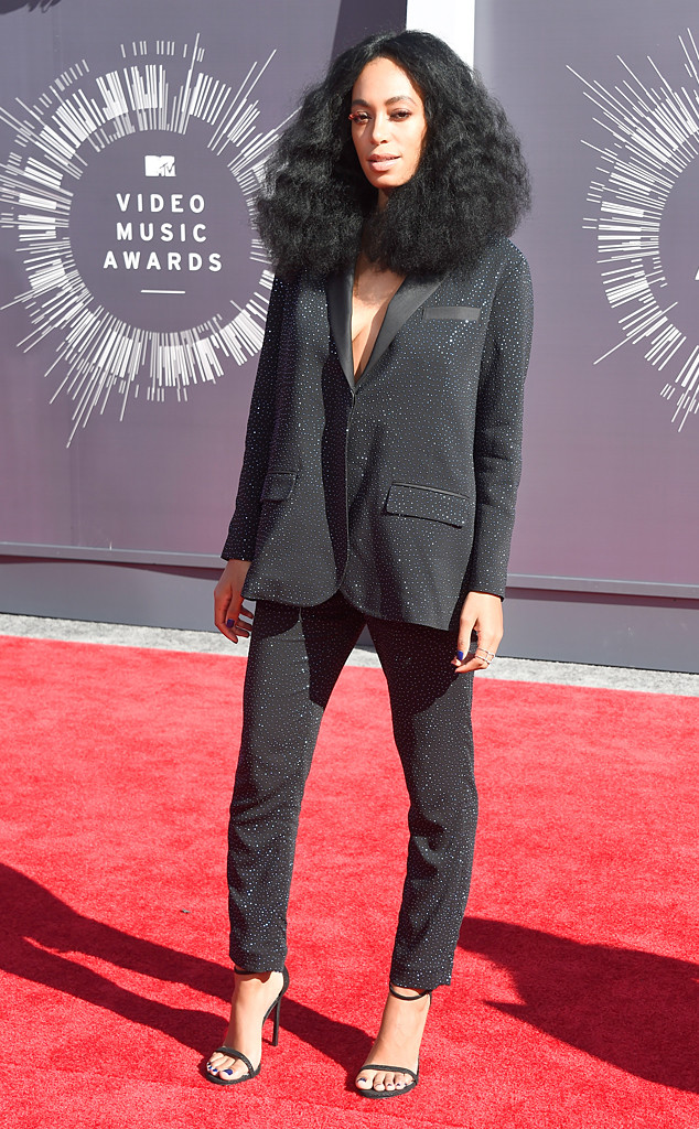 Solange Knowles arrives at the 2014 MTV Video Music Awards in Inglewood, Ca. (Aug. 24, 2014)
