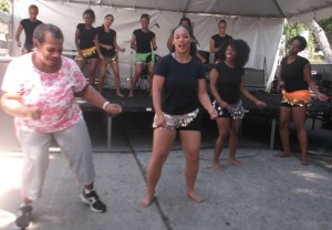 Delores McCarroll and Conversant Dance Company: Photo Credit, Ricky Richardson