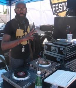 DJ SLO MO: Photo Credit, Ricky Richardson