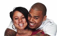 chris-brown-and mom