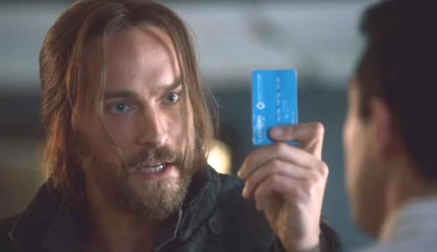 Ichabod Crane (Tom Mison, Ichabod learns about banking  in SLEEPY HOLLOW Season 2