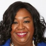NYT Public Editor Backs Shonda Rhimes Against Its Own TV Critic