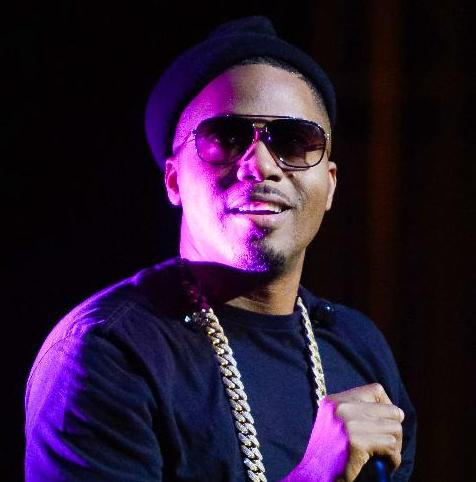 nas (with mic)