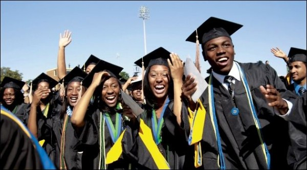 black-students-graduating