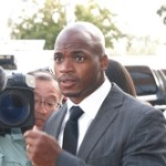 Report: Adrian Peterson to Take Plea Deal in Child Abuse Case