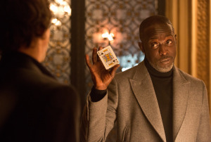 (L-R) Mark Wahlberg and Michael K. Williams in 'The Gambler'