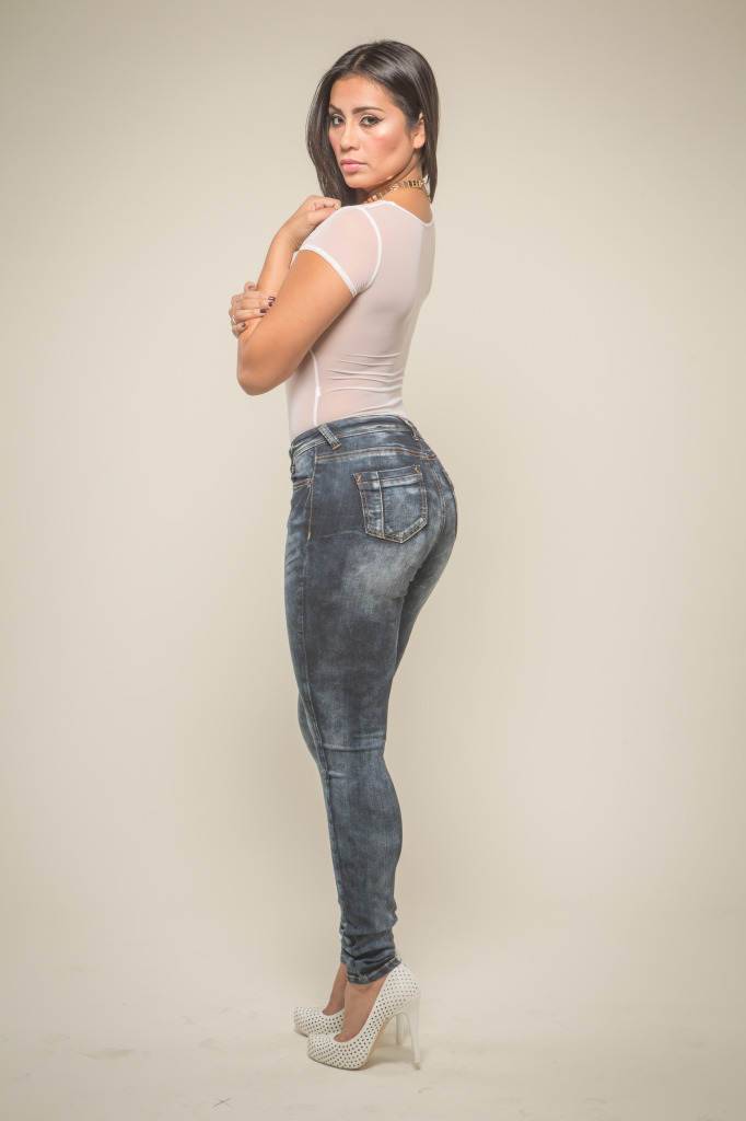 Poetic Justice Jeans celebrating women with curves at www.poeticjusticejeans.com