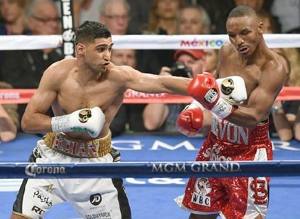 amir khan & devon alexander in ring1