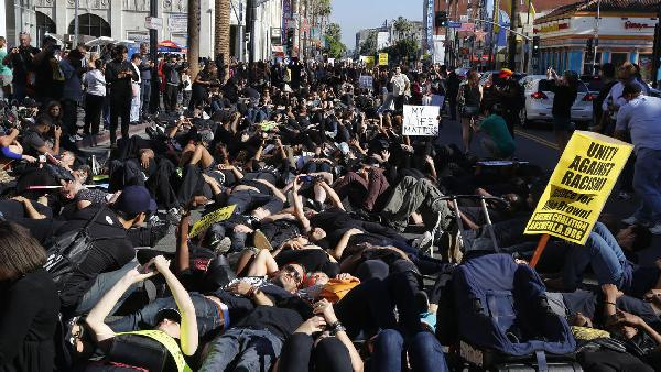 blackout hollywood protesters