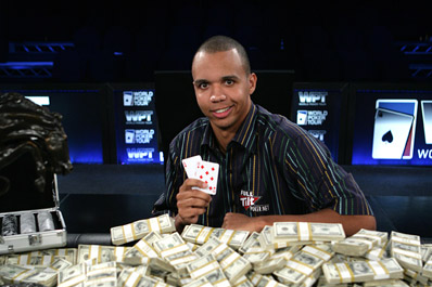 phil ivey (with cash)
