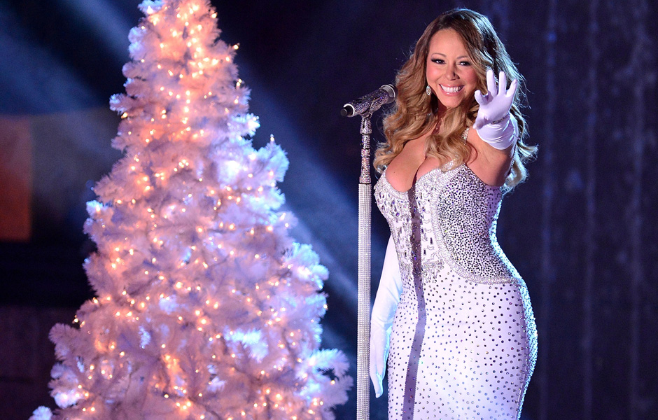 Mariah Carey performs at the 81st Annual Rockefeller Center Christmas Tree Lighting Ceremony in New York City on December 4, 2013.