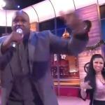 Shaq Rejected by Nicki Minaj in 'TNT Rap Cypher' (Watch)