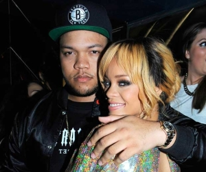 rihanna-brother-party-london-rexfeatures_2588347c