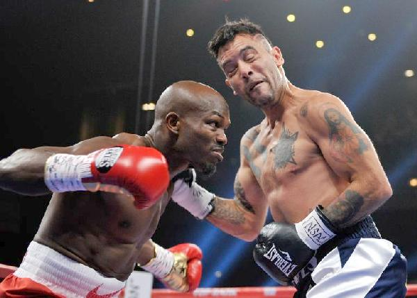 timothy bradley vs diego chaves
