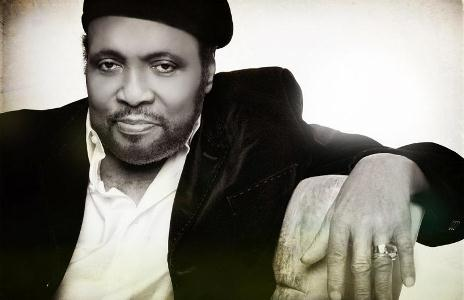 andrae crouch b&w
