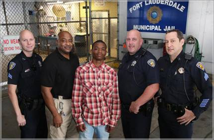 teen saves officers life