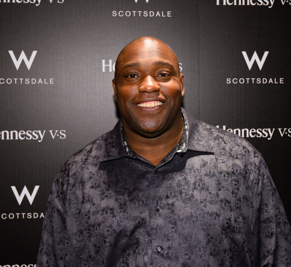 Warren Sapp visits the Hennessy Lounge At The W Scottsdale at W Scottsdale on January 29, 2015 in Scottsdale, Arizona