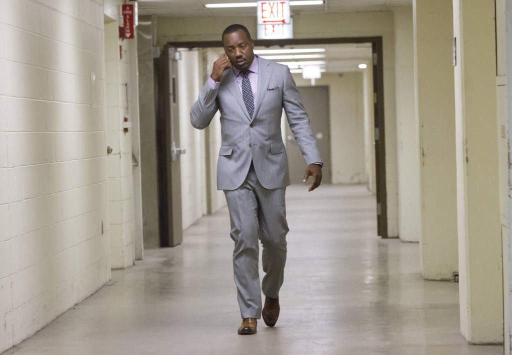 """Vernon (Malik Yoba) is called to the morgue to confirm a dead body in the """"Outspoken King"""" episode of EMPIRE"""