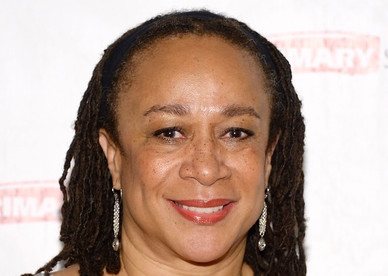 "Actress S. Epatha Merkerson attends the ""While I Yet Live"" Press Preview at Primary Stages Rehearsal Studio on September 12, 2014 in New York City"