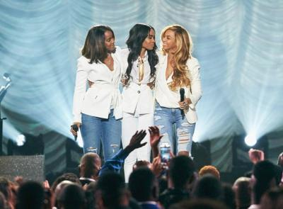 destinys child (at 2015 stellar awards1)