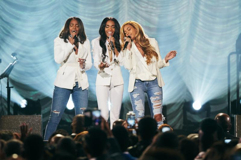 Image from the 30th Annual Stellar Music Awards; Kelly, Michelle and Beyonce