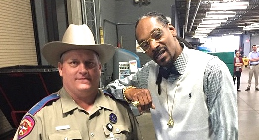 snoop dogg and deputy