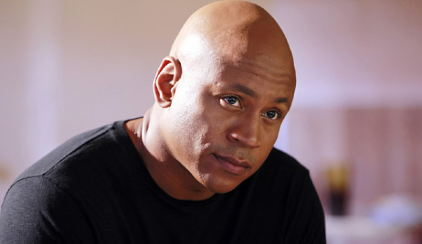 """LL Cool J rocks that bald head! But check him out in the """"now I've got hair"""" lineup in the video."""