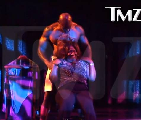"Tyson Beckford gives ""The Talk"" co-host, Sheryl Underwood, an 'Oh so hot' lap dance."
