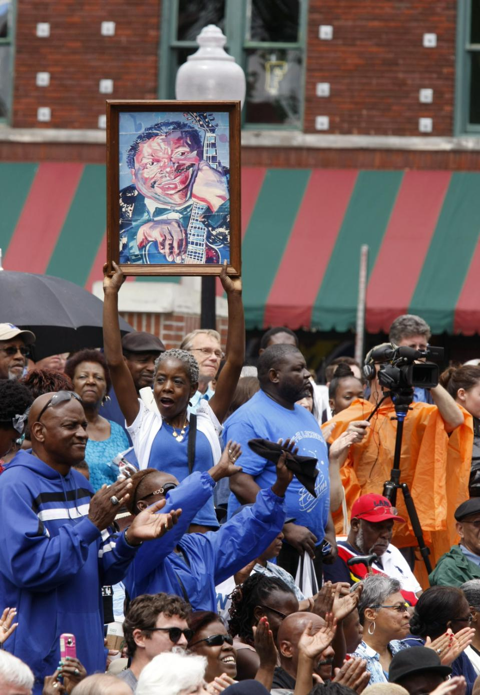 A tribute for blues musician B.B. King is held in W.C. Handy Park Wednesday, May 27, 2015, in Memphis, Tenn